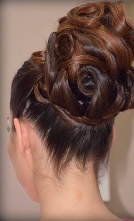 peinado para bodas moño alto